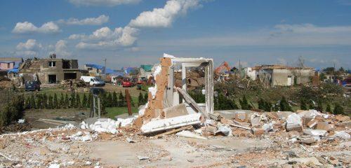 zdemolovaný dům základová deska4